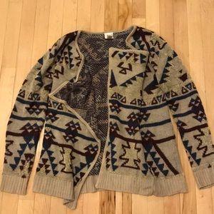 Daytrip open faced medium cardigan. Aztec pattern